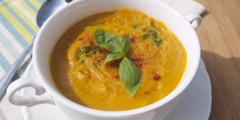 Cheesy Broccoli, Butternut and Red Lentil Soup